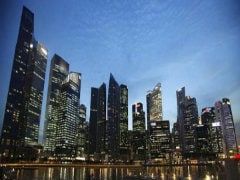 Singapore Tourism Hit by MH370 Mystery, Thai Crisis