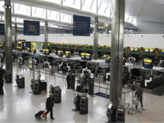 UK Tightens Airport Security After US Warns of Bomb Concerns