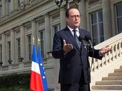 Francois Hollande Declares Three Days of Mourning over Air Algerie Crash