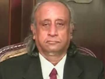 Golden Tobacco Company Chairman Sanjay Dalmia Held in Cheating Case