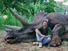 Some People Think 'Dinosaur Hunter' Steven Spielberg is Evil But They're the Ones Who Should be Ashamed