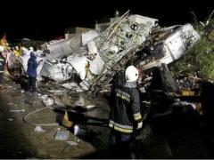 TransAsia Airways Plane Crashes While Landing in Taiwan, Killing 48