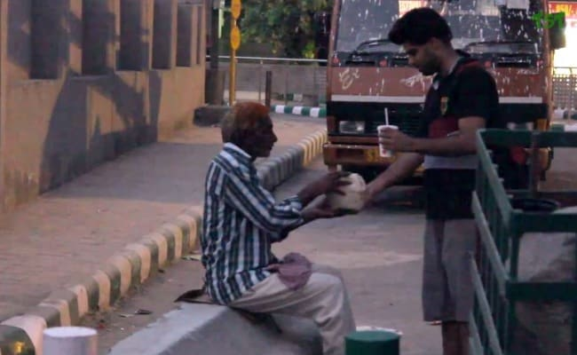 A Man Asked Strangers For Food But Only This Person Obliged