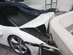 Watch How Valet Crashed Lamborghini Gallardo at a Delhi Hotel