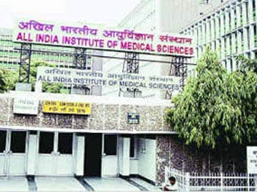 Delhi: High Court Notice to Centre, AIIMS for Refusing Surgery to Poor Man