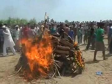 'Achche Din?' Ask Families as Army Jawans Killed in Kashmir are Cremated