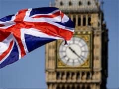 Britain Airdrops Humanitarian Aid for Besieged Iraqis