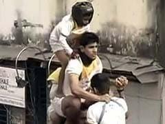 Mumbai: Minors Banned From Taking Part in Human Pyramids at the Dahi-Handi Festival