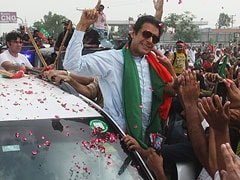 Anti-Government Protesters Reach Islamabad, Imran Khan Announces Sit-In