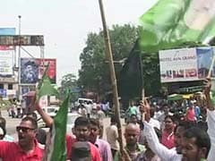 Booing Controversy: JMM Retaliates, Shows Black Flags to Union Minister in Ranchi