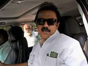 Stalin Loyalist Quits Posts in Kalaignar TV after Having Been Suspended from Party