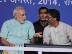 Cheers for PM Narendra Modi, Jeers for Three Chief Ministers