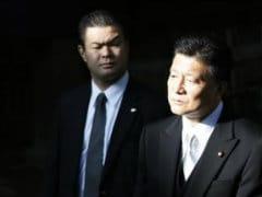 Japanese Ministers Visit War Dead Shrine on Anniversary of World War II Defeat