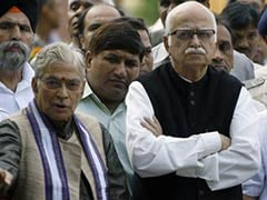 LK Advani, Murli Manohar Joshi Put in Old Age Home by BJP: Congress