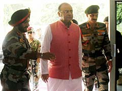 Defence Minister Arun Jaitley Reviews Preparation for Green Military Station