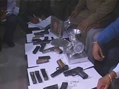 Delhi: 194 Blank Firing Pistols Seized Ahead of Independence Day
