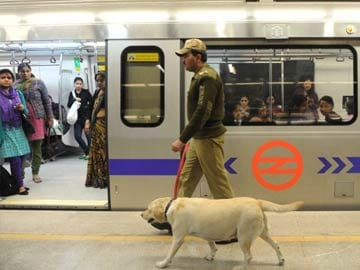 Delhi Metro Gives Free Rides for Independence Day Function