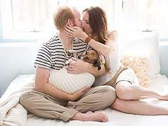 Viral: This Couple's Newborn Photo Shoot With Dog is Just Epic