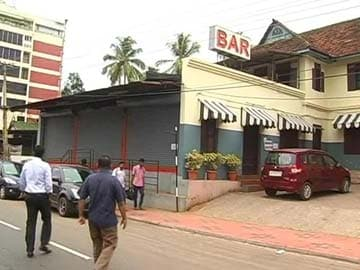 In Two Weeks, Kerala Will Have Bars Only in Five-Star Hotels