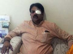 Ink Attack on Maharashtra Minister