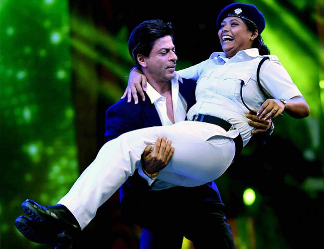 Image result for shahrukh and police officer