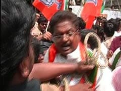 In Hyderabad, Police Stop BJP Workers from Hoisting National Flag