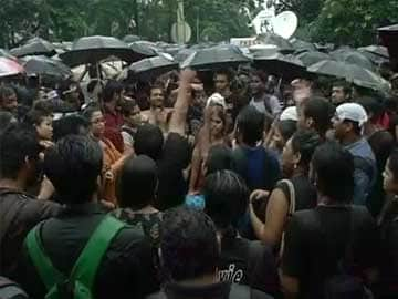 Mamata Banerjee's Nephew Appears to Mock Jadavpur University Protests