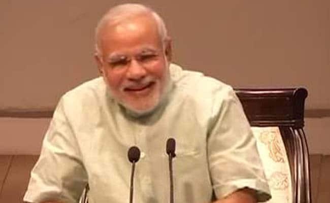 महिला ने दिया सुझाव, 'आपको ज़्यादा मुस्कुराना चाहिए, बाकी सब मस्त है', PM नरेंद्र मोदी ने दिया यह जवाब