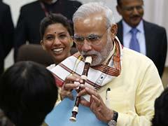 PM Narendra Modi's Flute Performance and Lord Krishna Lesson