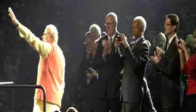 PM Narendra Modi Gets Rock-Star Welcome at Madison Square Garden