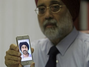 Many Questions for Family of MH17 Victim Karamjit Singh