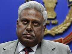 CBI Chief Gets 10 Days to Answer Why He Should Not Be Removed