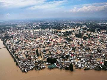 Ensure Essential Items for Flood-Hit Kashmiris: Supreme Court Tells Government