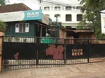 "As Kerala Starts Going Dry, Tourists Start Saying ""Bye"""