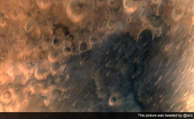 MOM Sends First Pictures of Mars, Says 'View Is Nice'
