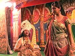 दिल्ली की रामलीला: असल जिंदगी में तीन सगे भाई कर रहे 'लक्ष्मण, भरत और शत्रुघ्न' का किरदार