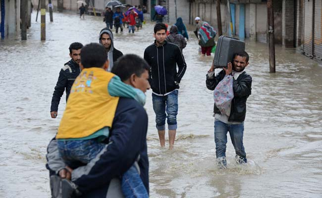 Jammu and Kashmir Floods: Nearly 150 Dead, PM in State to Assess Situation