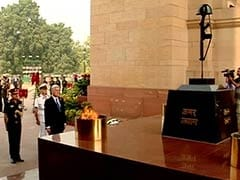 UK Defence Secretary Honours Indian Soldiers Who Fought in World War 1