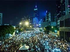 Lightning, Rain Fail to Deter Resolute Hong Kong Protesters