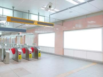 Delhi Metro's Cleanliness Drive for Swachh Bharat