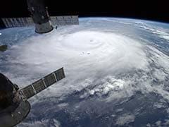 Power Out, Trees Fall as Hurricane Crosses Bermuda