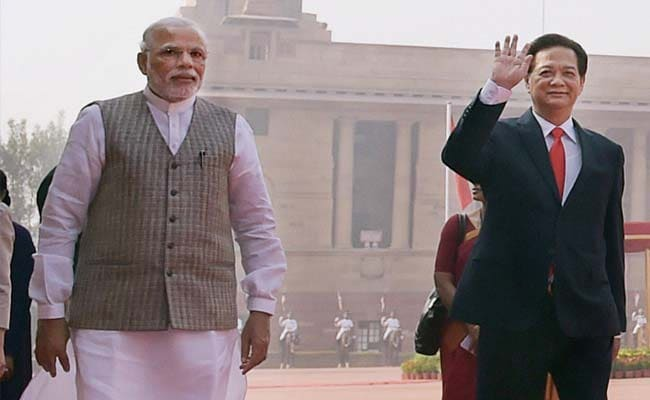 PM Modi Pledges to Modernise Vietnam's Defences, Which Could Irk China