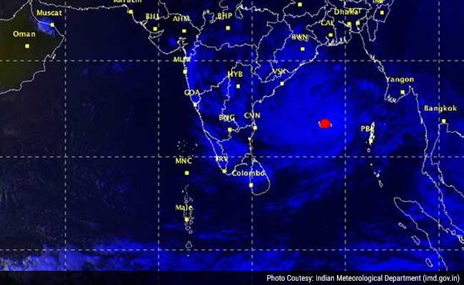 Andhra Pradesh Braces For Cyclone Hudhud, Evacuations Are Planned