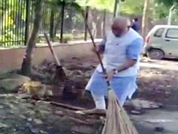 PM Narendra Modi's Surprise Inspection at a Delhi Police Station