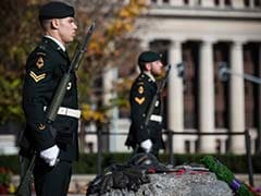 Canadians Flock to Parliament Hill, Site of Attack on Soldier