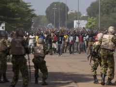 Burkina Army, Civil Groups Agree Transition Pact