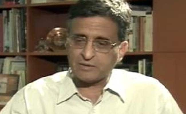 Ex-Delhi University Vice Chancellor Deepak Pental Sent to Tihar Jail on Plagiarism Complaint