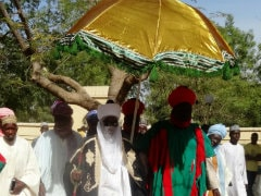 Emir of Kano Visits Attacked Mosque, Vows Killings Will Not Intimidate Muslims
