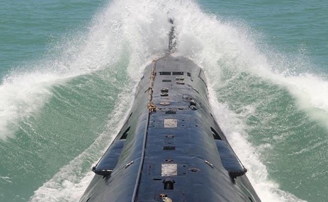 Chinese Submarine Docks in Sri Lanka Despite Indian Concerns
