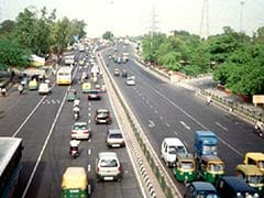 दिल्ली में तीखी हुई धूप, इस साल पहली बार तापमान 40 डिग्री सेल्सियस पर पहुंचा